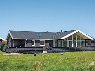 Amazing home in Lokken w/ Sauna and 4 Bedrooms
