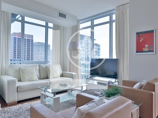 Serenity - Fully Furnished Luxury Executive Condo Yorkville