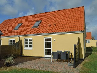 Awesome home in Løkken w/ WiFi and 2 Bedrooms (A08938)