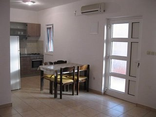 Apartments Zvonimir (24141-A1)