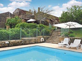Stunning home in Sauveterre La Lemance w/ 4 Bedrooms