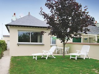 Nice home in Trevou Treguignec w/ WiFi and 3 Bedrooms