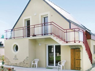 Amazing home in St Cast le Guildo w/ 1 Bedrooms (FBC290)