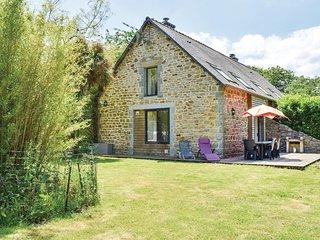 Amazing home in St Laurent Begard w/ 2 Bedrooms