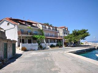 Apartments Ivka (53971-A4)