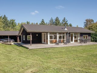 Amazing home in Løkken w/ Sauna, WiFi and 3 Bedrooms (A10435)