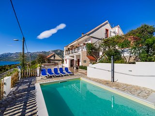 House Marija-with view to the sea and the mountains (40347-K1)