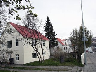 Downtown Akureyri! great location! cozy appartment