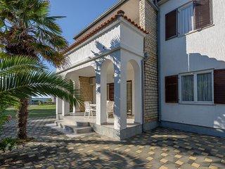 Apartments Marija (13711-A1)