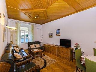 Apartment Jadranka (42031-A1)