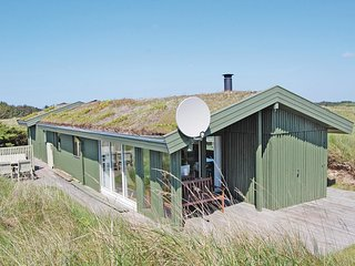 Stunning home in Lokken w/ 4 Bedrooms and WiFi