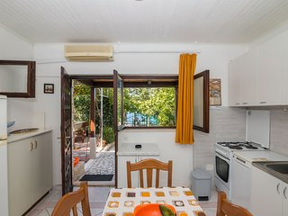 Apartments Ivan (32541-A1)