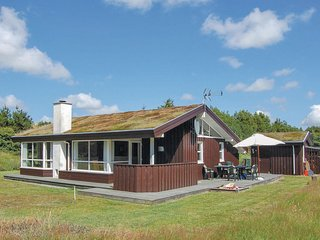 Amazing home in Lokken w/ Sauna and 3 Bedrooms