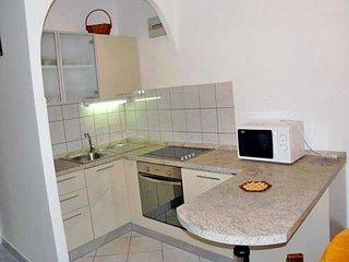 Apartment Nikola (33991-A2)