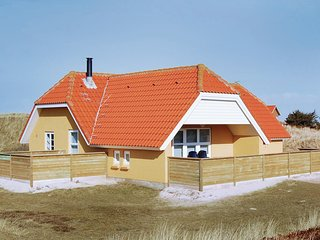 Beautiful home in Ringkøbing w/ Sauna, WiFi and 4 Bedrooms