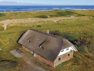 Awesome home in Ringkøbing w/ Sauna and 5 Bedrooms