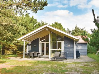 Beautiful home in Ringkobing w/ Sauna, WiFi and 4 Bedrooms