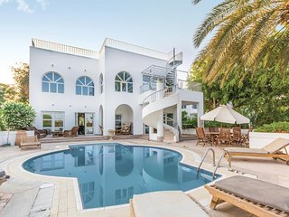 Nice home in Sharm El-Sheikh w/ 4 Bedrooms