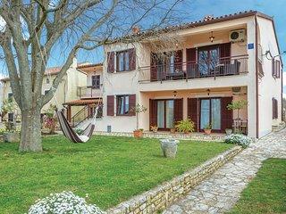 Beautiful home in Vodnjan w/ 3 Bedrooms
