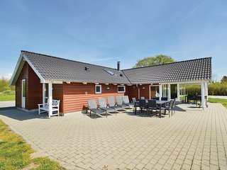Beautiful home in Rødby w/ Sauna, WiFi and 4 Bedrooms