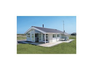 Beautiful home in Rodby w/ Sauna and 3 Bedrooms