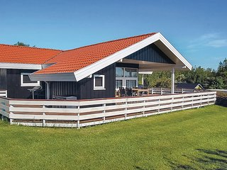 Awesome home in Hejls w/ Sauna, WiFi and 3 Bedrooms