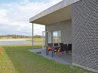 Awesome home in Ringkøbing w/ WiFi and 3 Bedrooms