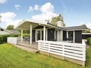 Nice home in Hejls w/ WiFi and 3 Bedrooms (F04450)
