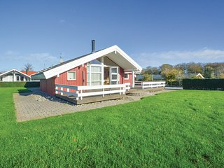 Awesome home in Hejls w/ Sauna, WiFi and 3 Bedrooms (F04436)