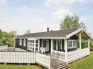Beautiful home in Sjolund w/ Sauna, WiFi and 3 Bedrooms