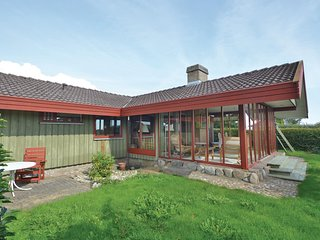 Beautiful home in Hejls w/ 3 Bedrooms and WiFi (F04501)