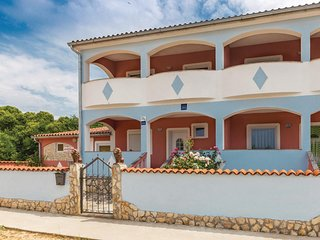 Stunning home in Vodnjan w/ WiFi and 2 Bedrooms