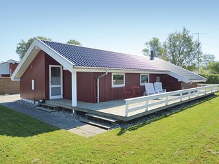 Awesome home in Sjolund w/ Sauna, WiFi and 2 Bedrooms