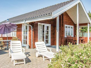 Awesome home in Hejls w/ Sauna, WiFi and 3 Bedrooms (F04551)
