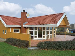 Amazing home in Haderslev w/ Sauna, WiFi and 3 Bedrooms (F07010)