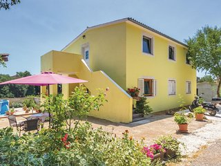 Awesome home in Marcana w/ WiFi and 3 Bedrooms (CIC652)