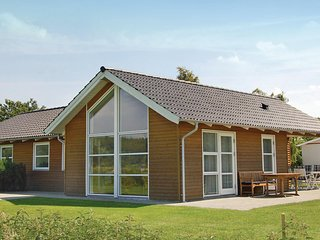 Awesome home in Haderslev w/ Sauna, WiFi and 4 Bedrooms