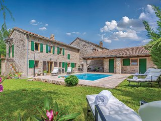 Amazing home in Buzet w/ WiFi and 2 Bedrooms