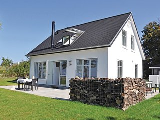 Awesome home in Aabenraa w/ WiFi and 3 Bedrooms