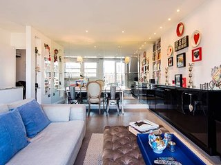 Balcony apartment in the heart of Little Venice