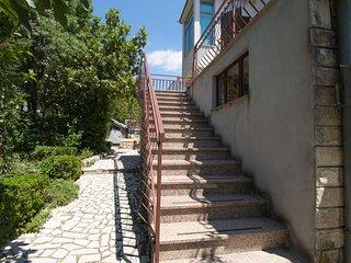 Apartments Josip (85561-A1)