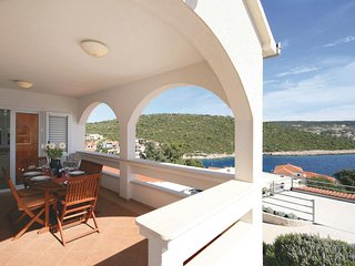 Amazing home in Rogoznica w/ WiFi and 5 Bedrooms