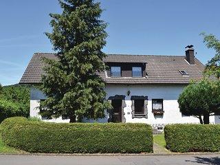 Stunning home in Oberbettingen w/ 3 Bedrooms (DRP305)
