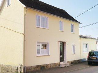 Awesome home in Patersberg with 3 Bedrooms (DRP320)