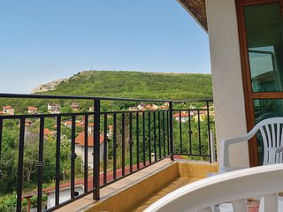 Beautiful home in Balchik w/ WiFi and 2 Bedrooms