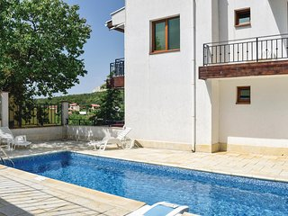 Awesome home in Balchik w/ WiFi and 1 Bedrooms