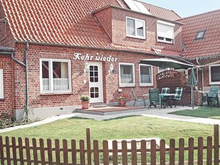 Nice home in Hohwacht w/ 4 Bedrooms (DSH196)