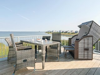 Stunning home in OstseeResort Olpenitz w/ Sauna, WiFi and 2 Bedrooms