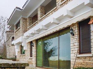 Amazing home in Balchik w/ WiFi, 2 Bedrooms and Sauna