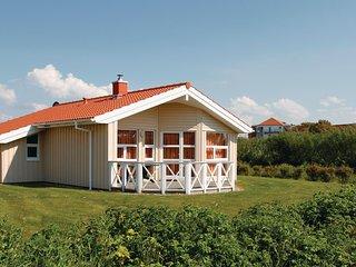 Amazing home in Friedrichskoog w/ Sauna and 3 Bedrooms (DSH604)